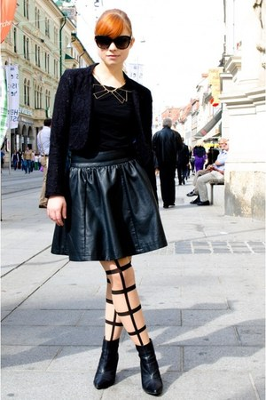 black leather Review skirt - black lace New Yorker blazer