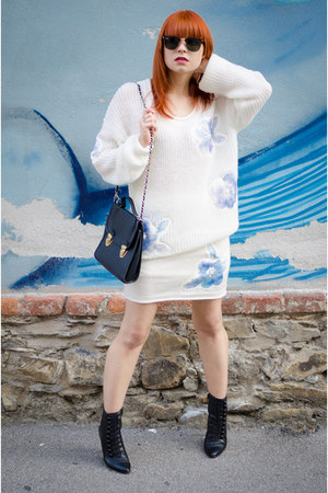 MiiA sweater - vintage boots - Ray Ban sunglasses - MiiA skirt