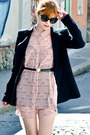 Black-zara-blazer-light-pink-swan-print-h-m-dress