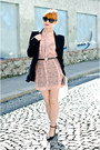 Light-pink-swan-print-h-m-dress-black-zara-blazer