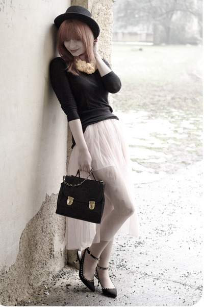 light pink chiffon nowIStyle skirt - black menswear Bailey Of Hollywood hat