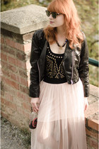 H&M jacket - Ray Ban sunglasses - Lipsy bodysuit - nowIStyle skirt