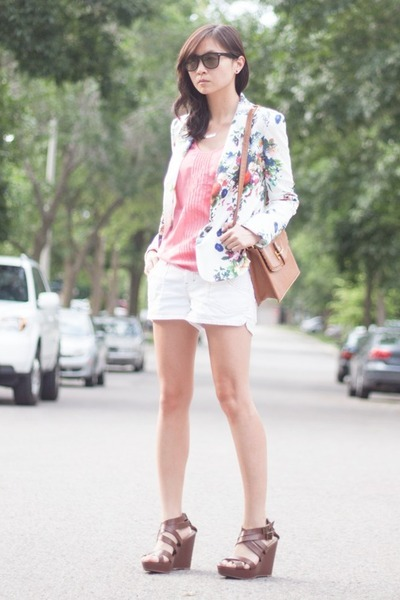 white floral Lovely wholesale blazer - white Billabong shorts - brown wedges