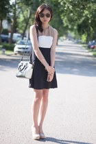 black color block Lovely wholesale dress - black Tacicco bag - eggshell heels