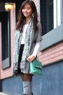 Aquamarine-bag-black-boots-heather-gray-bcbg-cardigan-white-top
