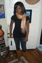 Marc by Marc Jacobs scarf - H&M t-shirt - PacSun jeans - Minnetonka shoes