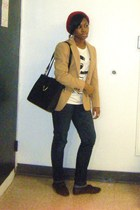 beige blazer - white t-shirt - blue jeans - black purse - black shoes - gold acc
