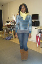 gray shirt - yellow scarf - blue jeans - brown boots