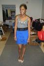 Gray-top-blue-skirt-beige-shoes