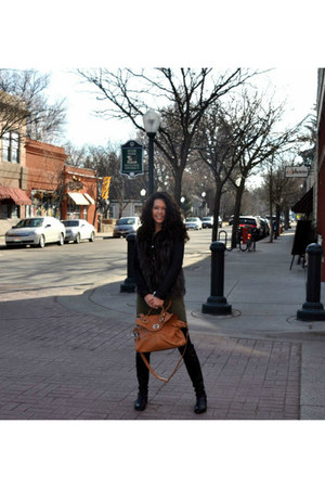 brown fur Day Trip vest - black 50-50 stuart weitzman boots