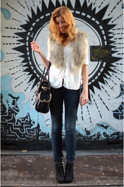 H&M jeans - H&M scarf - Leotine Hagoort bag - Nelly heels - Mango blouse
