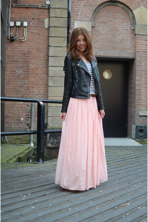 bubble gum maxi skirt Local store skirt - black fringes Kopenhagen jacket