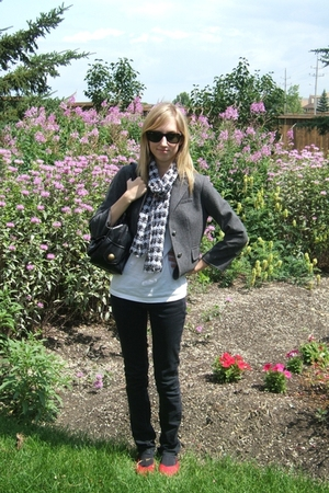 joe fresh style blazer - American Apparel top - No idea scarf - BDG jeans - Valu