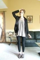 why am i still wearing black? it's spring!