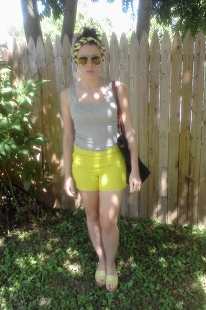 chartreuse Marc by Marc Jacobs shorts - chartreuse Steve Madden wedges