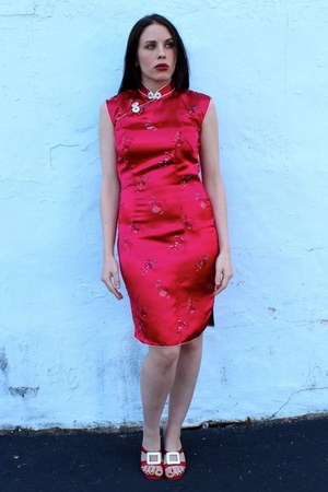 red vintage shoes - red vintage dress