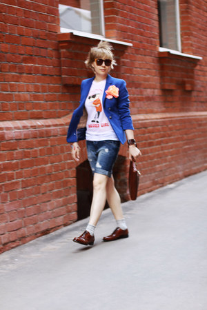 blue Zara jacket - crimson longchamp bag - navy pull&amp;bear shorts