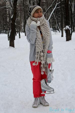 white Zara hat - white Zara scarf - salmon Zara pants - white Converse sneakers