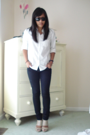 Forever21 shirt - Forever21 jeans - Gucci sunglasses - calvin klein shoes - nixo