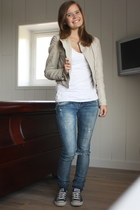 blue destroyed Zara Trf jeans - beige H&M jacket - white H&M top - blue Converse