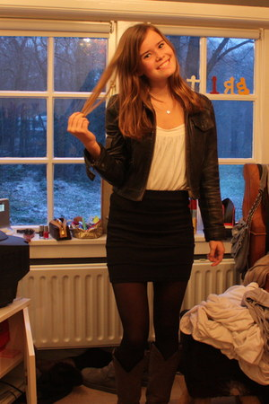 dark gray Bershka jacket - cream H&amp;M top - black f21 skirt - black H&amp;M tights - 