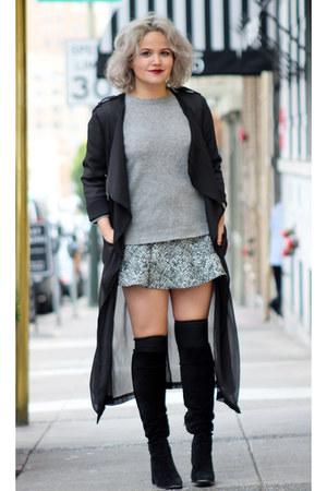coat black Urban Outfitters coat - grey sweater Zara top