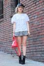 Red-purse-bag-express-bag-zara-t-shirt