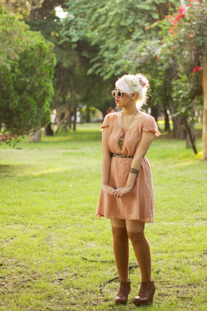 peach Oysho dress - burnt orange Bamboo wedges