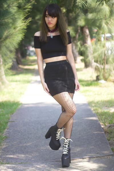 black UNIF boots - black fishnet no brand tights - black crop Bershka top