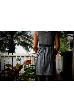 gray vintage dress - gray vintage belt - black leggings