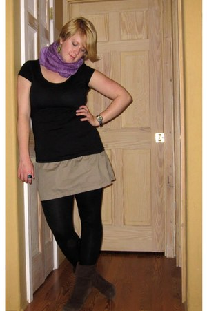 brown Jessica Simpson boots - black Mossimo leggings - purple pashmina thrifted