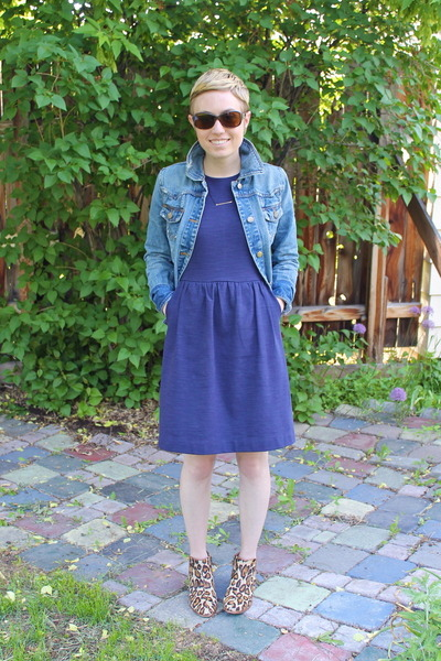 Target jacket - sam edelman boots - madewell dress - betsy & iya necklace