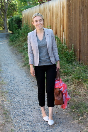 H&M blazer - banana republic bag - Old Navy t-shirt - Chinese Laundry flats