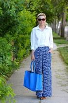 Target shirt - Zara bag - Target pants - Old Navy sandals
