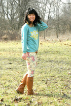 bronze Old Navy boots - cream kohls pants - turquoise blue tourist sweatshirt