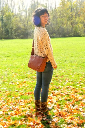 light pink kohls sweater - mustard China boots - burnt orange Goodwill bag