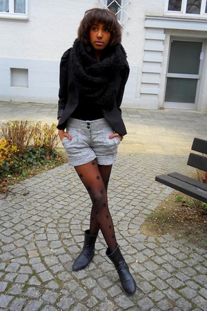 black boots - black blazer - gray shorts