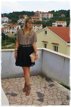 black H&M skirt - beige Naf Naf top - beige shoe box shoes - gold asos accessori