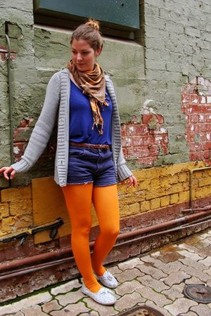 blue Dotti top - orange Myer tights - white Sportsgirl shoes - blue thrifted sho