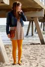 Blue-valley-girl-jacket-beige-valley-girl-dress-yellow-myers-tights-brown-