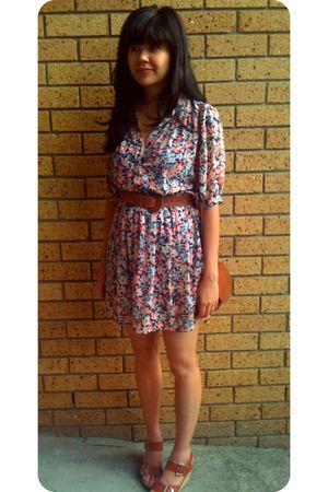 vintage dress - vintage belt - Chloe shoes