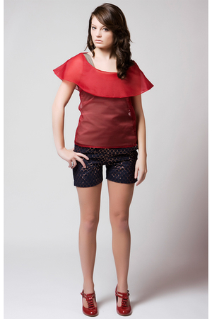 red Lorick top - blue Lorick shorts
