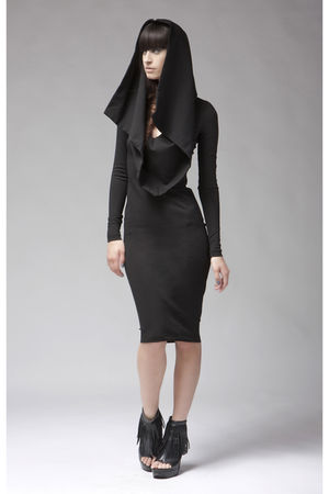 black Kimberly Ovitz dress
