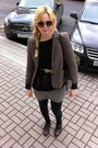 Black-topshop-sweater-brown-vintage-blazer-beige-topshop-sunglasses-camel-