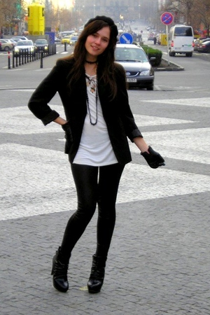 random brand blazer - H&M blouse - Bershka leggings - random brand shoes - H&M -