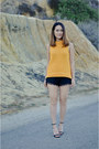 Black-laces-zara-shorts-carrot-orange-knit-zara-top