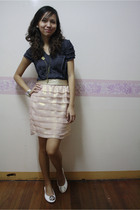 gray top - pink skirt - white shoes