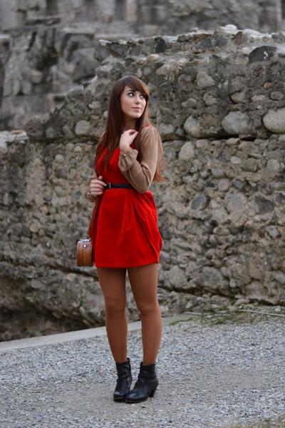 handmade dress - camper boots - vintage bag - Zara blouse - vintage belt