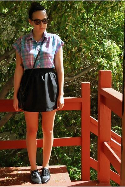 thrifted vintage blouse - American Apparel skirt - thrifted vintage nine west sh