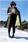 Green-coat-beige-bb-dakota-blouse-black-zara-pants-black-justin-boots
